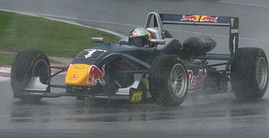 F3 Européia: Vettel vence a primeira em Barcelona