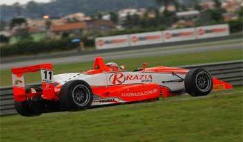 F3 Sulamericana: Razia faz a pole position para a corrida de domingo em Curitiba