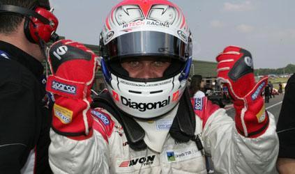 F3 Inglesa: Atte Mustonen e Marko Asmer são os poles em Snetterton