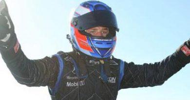 F3 Inglesa: Equipe Raikkonen Robertson Racing domina provas em Thruxton