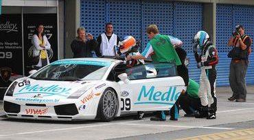 GT3 Brasil: Xandy e Mattheis vencem de ponta a ponta em Curitiba