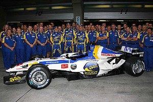 F1: Equipe de Barrichello muda cor do carro