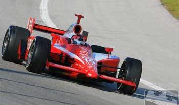 IRL: Dan Wheldon vence primeiro GP do ano
