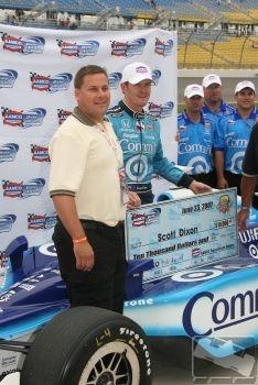 IRL: Scott Dixon é o pole em Iowa