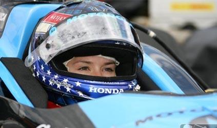 IRL: Danica Patrick é a mais rápida do dia em Motegi