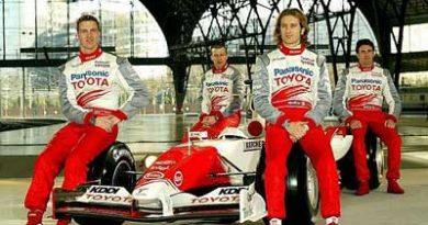 F1: Toyota terá dois carros novos na temporada de 2006