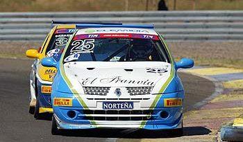 Copa Clio: Pilotos da Copa Clio terão dia cheio nesta quinta-feira em Curitiba