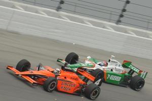 IRL: Kanaan entre os seis pilotos que testam pista de Daytona para Indy