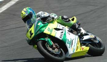 Superbike: Martins vence primeira etapa do Brasileiro 0s002 à frente de Scudeler