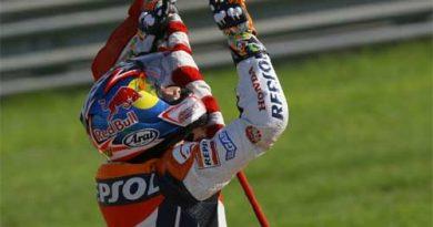 MotoGP: Bayliss vence em Valência. Hayden é campeão