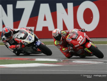 MotoGP: Melandri vence na Turquia