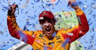 NASCAR Monster Energy Cup Series: Joey Logano vence em Talladega