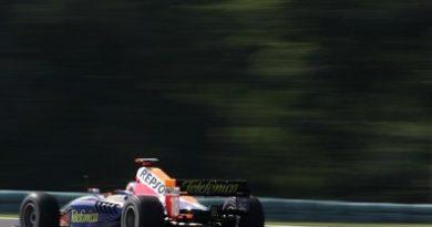 F1: Duas equipes espanholas confirmam inscrições para a categoria