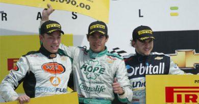 Stock Light: Marcos Gomes vence em Curitiba e chega à terceira conquista na Light