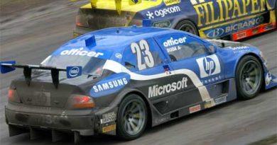 Stock: Duda arrisca troca de pneus em prova conturbada