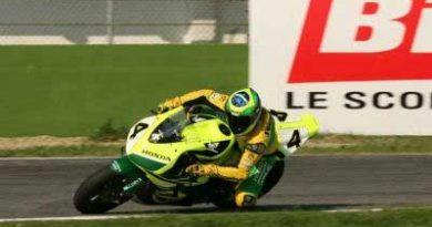 Superbike: Barros vence pela 1º vez. Bayliss garante o título