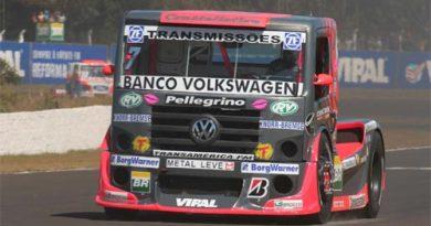 Truck: Objetivo de Débora em Brasília é ver Renato Martins e a VW com o título de 2006