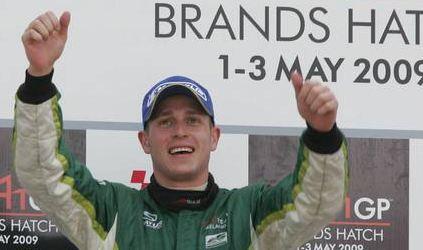 A1GP: Adam Carroll da Irlanda vence Sprint Race e está perto do título