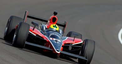 IndyCar: De olho em vaga no grid das 500 Milhas, Bruno Junqueira volta aos treinos em Indianápolis e torce pelo fim da chuva