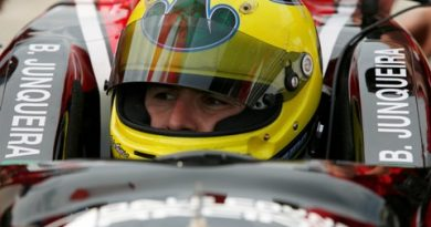 IndyCar: Em dia sem chuva, Junqueira é um dos destaques nos treinos para as 500 Milhas e fica com a 10ª marca
