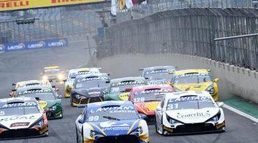 Campeonato Brasileiro de Turismo: Edson Coelho vence pela primeira vez