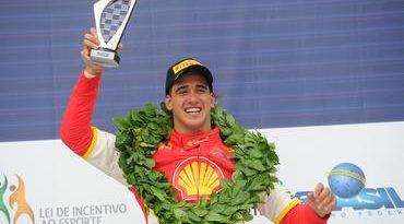 Campeonato Brasileiro de Turismo: Gaetano di Mauro vence segunda corrida em Curitiba