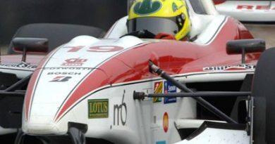 IndyCar: Bruno Junqueira volta à pista em Long Beach para corrida com dupla importância. Despedida da ChampCar vale também pelo campeonato da IndyCar