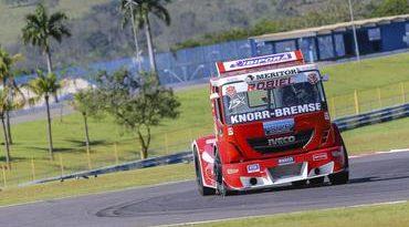 Copa Truck: Categoria entra na pista ao ritmo de Roberval Andrade