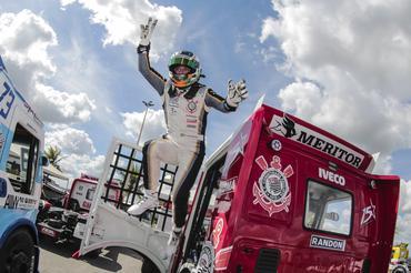 Copa Truck: Primeira pole da Copa Truck é de Roberval Andrade