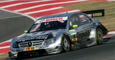 DTM: Em Barcelona pole fica com Bernd Schneider