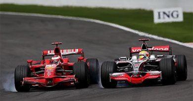 F1: Hamilton, já em Cingapura, perde nos tribunais da FIA
