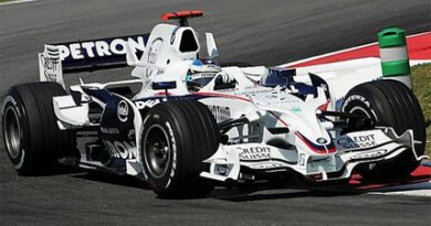 F1: Heidfeld é o mais rápido no último treino livre