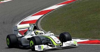 F1: Button lidera primeiro treino livre na China; Barrichello é 3°