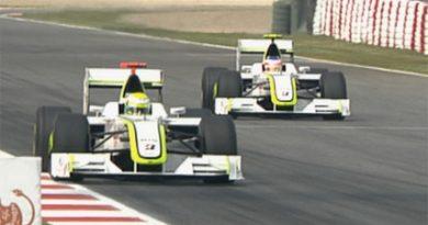 F1: Button crava a pole e brasileiros dividem 2ª fila