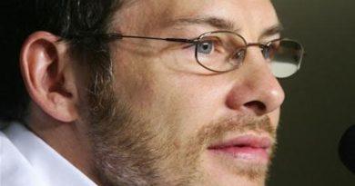 F1: Villeneuve sonha em voltar à F-1 em 2010