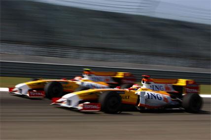 F1: Nelsinho Piquet faz a mais bela ultrapassagem da prova em dia complicado para a equipe Renault