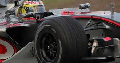 F1: Em Barcelona, de la Rosa é o mais rápido por 0s001