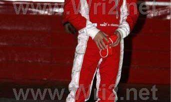 F1: Ferrari terá novos macacões e Kimi mostra novo capacete; confira as fotos