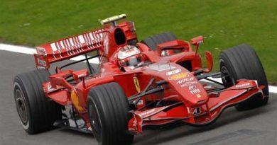 F1: Raikkonen é o mais rápido em Silverstone