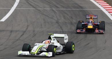 F1: Barrichello 'vira a página' e promete lutar até o fim