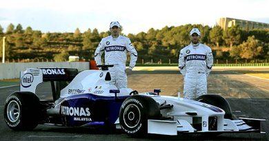 F1: Com 'fome de título', BMW apresenta F1.09