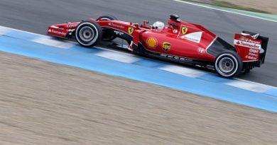 F1: Sebastian Vettel é novamente o mais rápido em Jerez