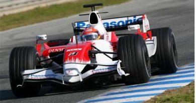 F1: Glock surpreende e Toyota é a melhor do dia