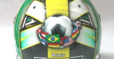 F1: Di Grassi apresenta capacete com tema sobre a Copa do Mundo