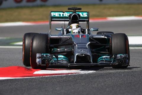 F1: Pneus médios e macios para o quente e sinuoso circuito de Hungaroring