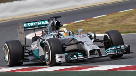 F1: Lewis Hamilton vence a quarta consecutiva e assume liderança do campeonato