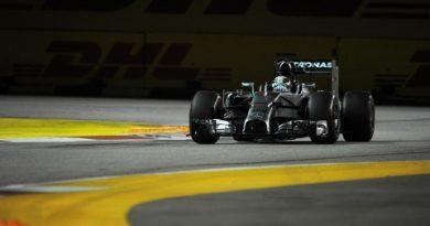 F1: Lewis Hamilton vence em Cingapura e reassume liderança do campeonato