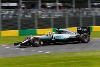 F1: Lewis Hamilton marca a pole em Melbourne