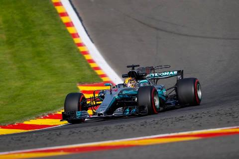 F1: Lewis Hamilton marca a pole-position para o GP da Bélgica