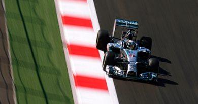 F1: Lewis Hamilton é o mais rápido em Sochi